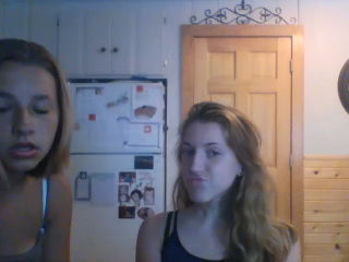 Girl younow com featured YouNow Alternatives